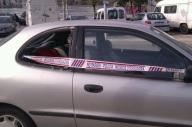 Nit de robatoris a l'interior de vehicles a la Ribera.